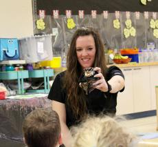 Veterinarian Dr. Dawn Binder visits kindergarten